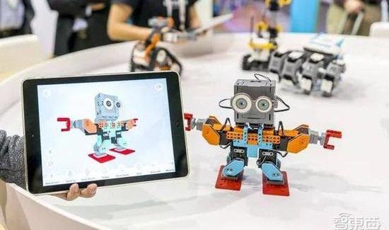 编程机器人成教育市场新宠,小米与乐高索尼同场竞争