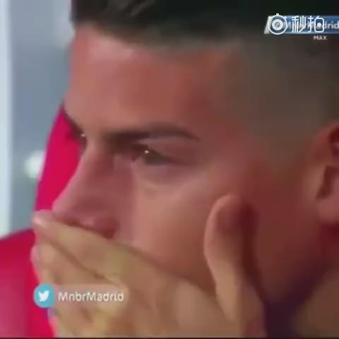 心疼J罗!目睹球队失利告别世界杯 替补席上哭成泪人