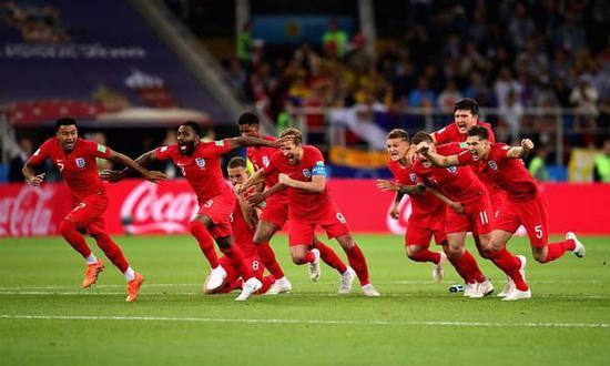 一波四折!读秒丢球+崩溃边缘+破世界杯最大心魔!