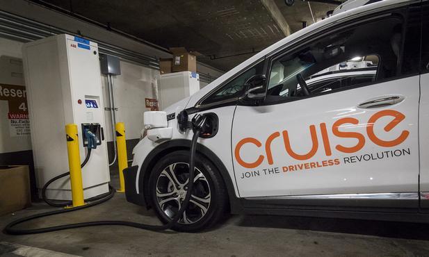 通用将推机器人出租车业务 明年拟在旧金山启动