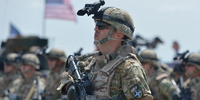 从硅谷挖人+内部培养 美军看上了顶尖技术人才