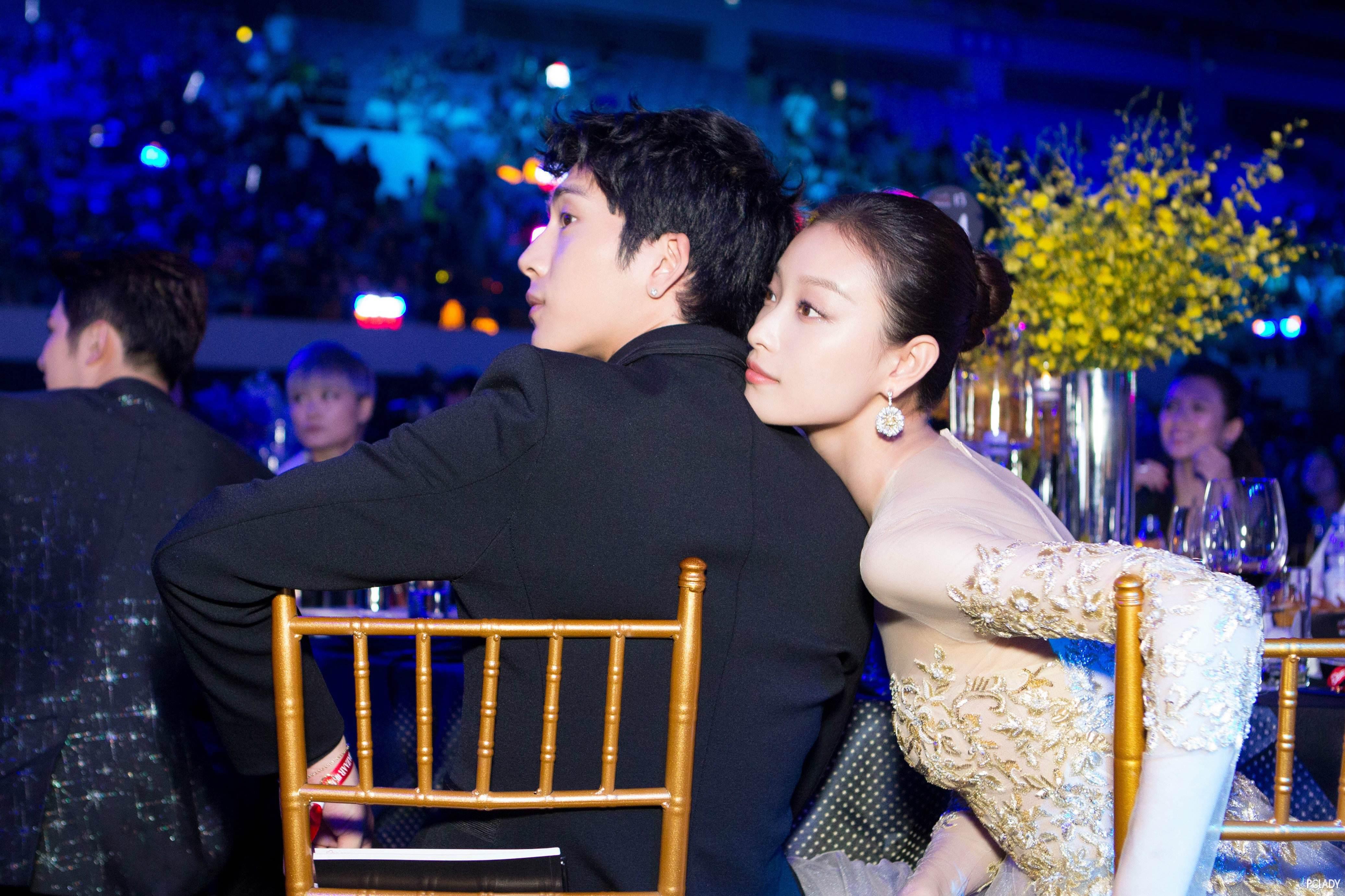 """倪妮井柏然两年情断!不管是不是合约情侣但他们曾一起""""等风来"""""""