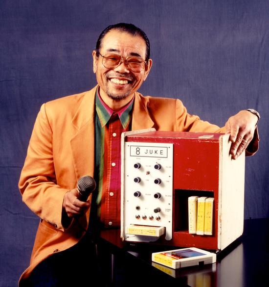 """井上大佑和他的电唱机""""8 JUKE""""/Pinterest"""