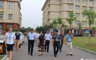 潜江市教育局、园林办事处专题调研园林教育工作