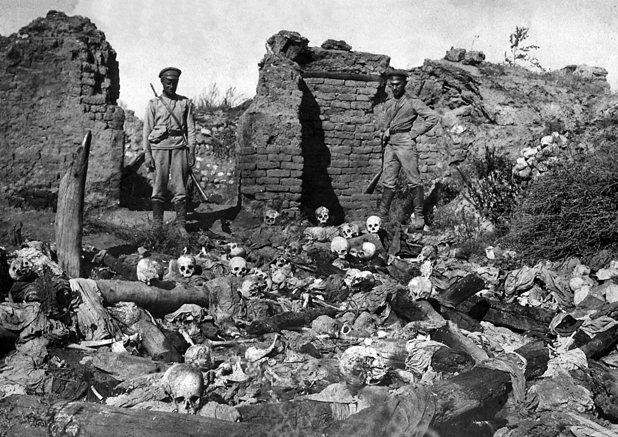 亚美尼亚大屠杀历史图片,土耳其拒绝承认这是有预谋的屠杀