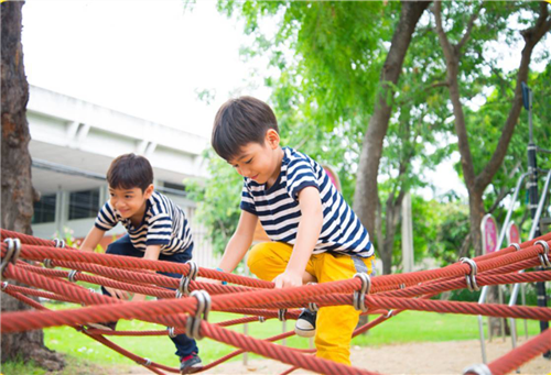 恒大福达幼儿园 与您守护孩子的梦想 为孩子的成长护航