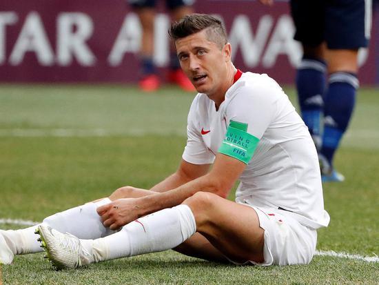 尴尬!惨淡世界杯后无人报价 莱万又想继续留拜仁