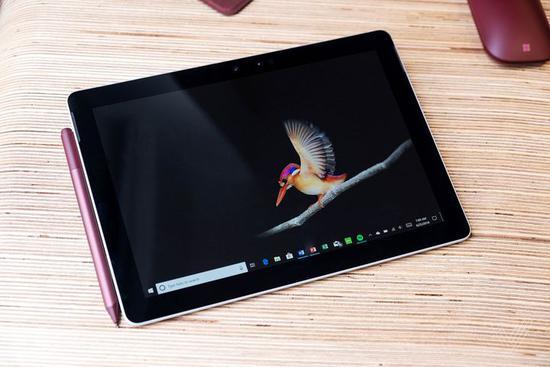 对标iPad!微软发布入门级平板Surface Go