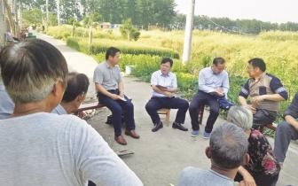老新镇村级自主开设虾稻养殖讲习活动惠百姓