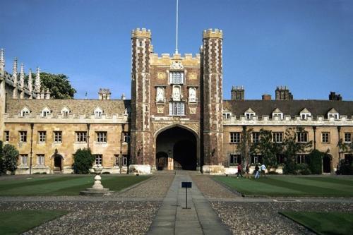 英国剑桥大学将于明年开设硕士预科课程
