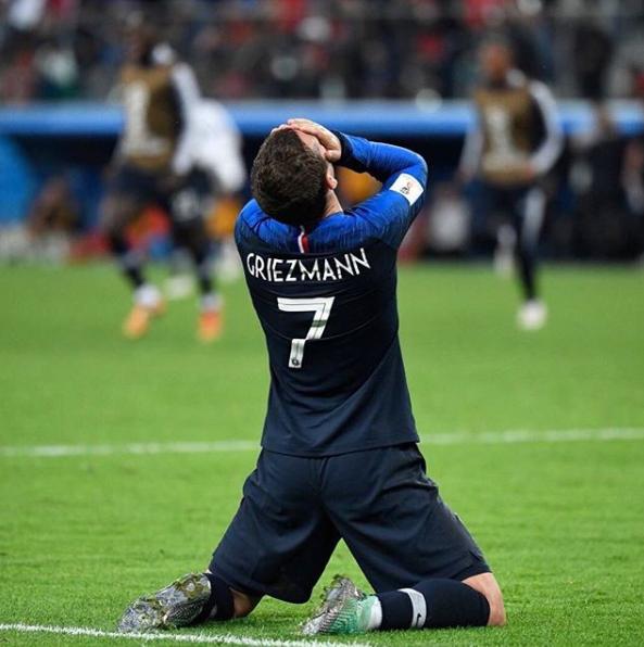 格里兹曼经曾因足球被嫌弱小 如今因为足球而伟大