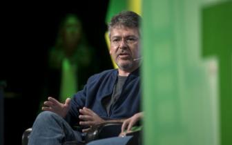苹果整合机器学习和Siri团队 谷歌前AI高管获重用