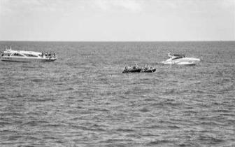 泰国普吉游船倾覆事故已确认47人遇难