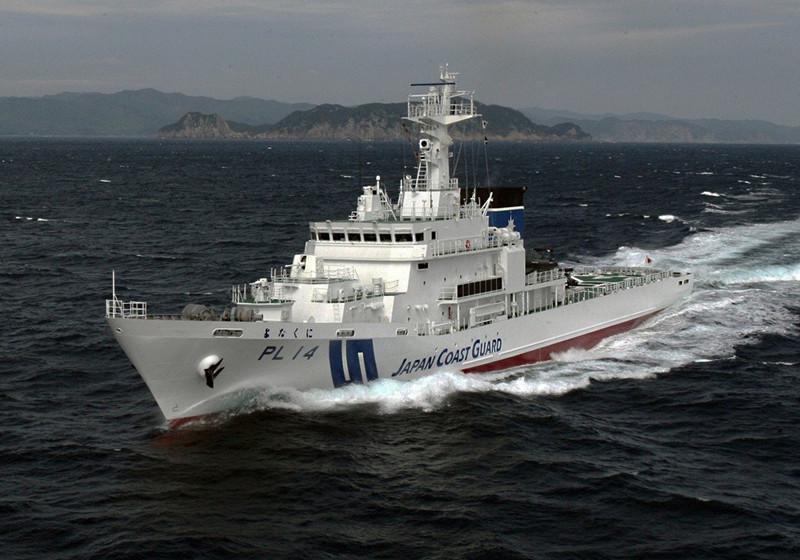 日本三艘海巡船被曝聚集高雄外海 台当局称躲台风