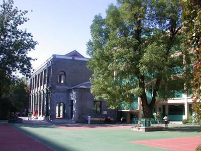 北京市东城区东交民巷小学
