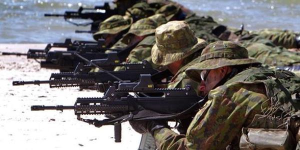 北约13国特战队联演抗俄
