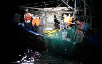 查处违规渔船21艘 立案14件!非法捕捞红牌出场!