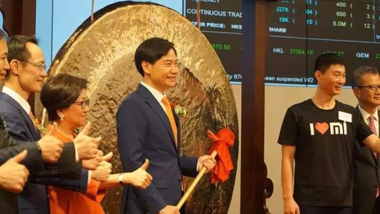 外媒:小米上市首周大涨26% 市值已与索尼相当