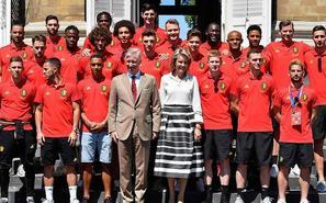 荣耀时刻!比利时队获国王王后接见