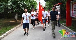 华唐艺术高中入学第一课走名校 追寻未来