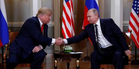 美国总统特朗普会晤俄罗斯总统普京
