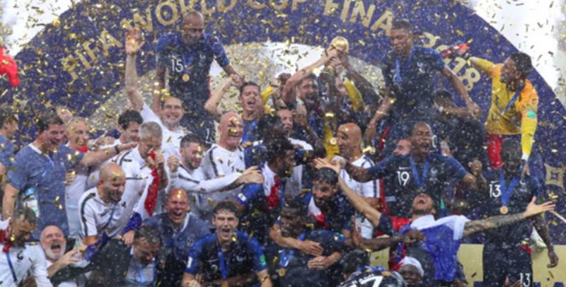 法国队4比2击败克罗地亚,勇夺世界杯!