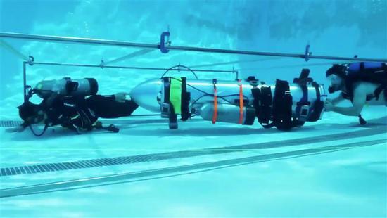 马斯克骂泰国洞穴救援潜水员 失言致特斯拉跌3.5%