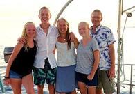 美国五口之家周游世界