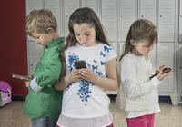 危害日益凸显 欧洲多国限制在校中小学生使用手机