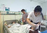 高考生父母遇车祸一死一伤 村民捐款超11万助学