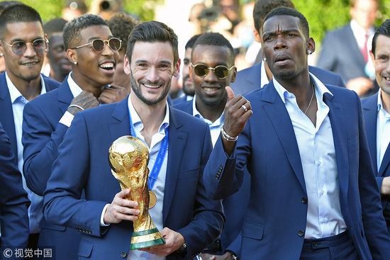 法国队回国庆祝夺冠