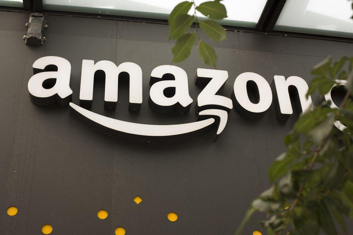 亚马逊市值盘中超9000亿美元 超越苹果指日可待?