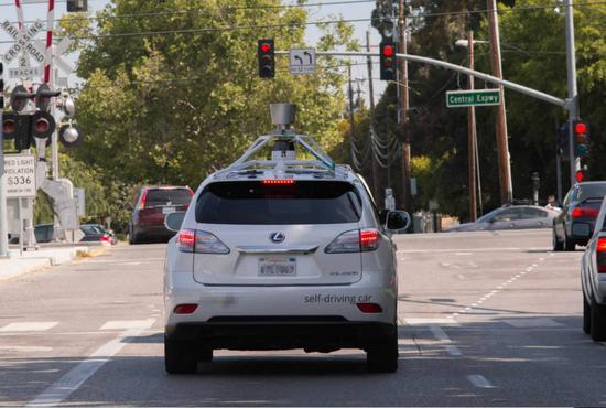 持续追赶谷歌 苹果加州自动驾驶测试车增至66辆