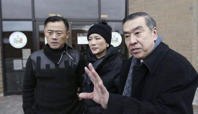 《纽约时报》:莫虎曾是警局副局长 亚裔最高级别
