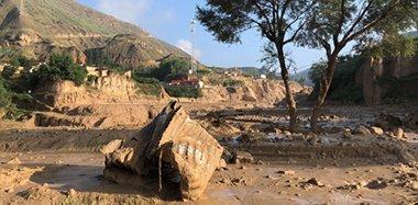 甘肃东乡暴雨引发山洪 致8死7失踪22人受伤