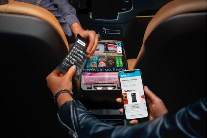 创收新举措 Cargo联手Uber司机车上卖东西