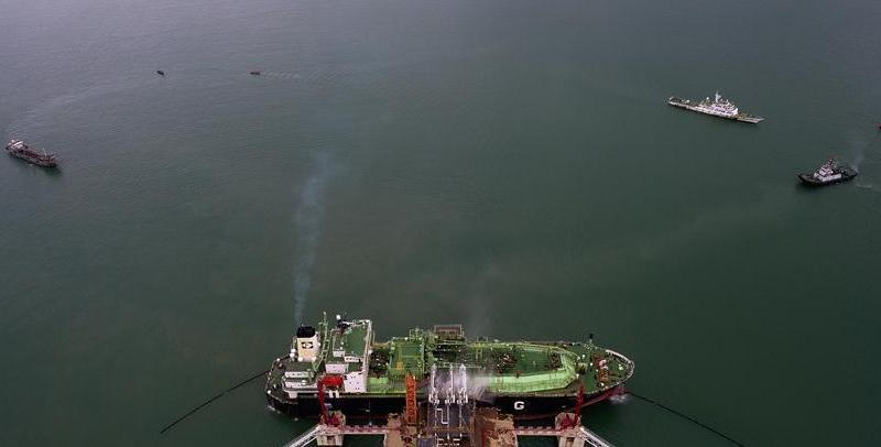 海口成功组织辖区LNG船舶船岸应急联合演练