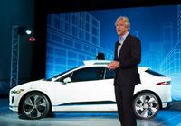Waymo CEO告诉州长们:过渡到无人车会比想象的