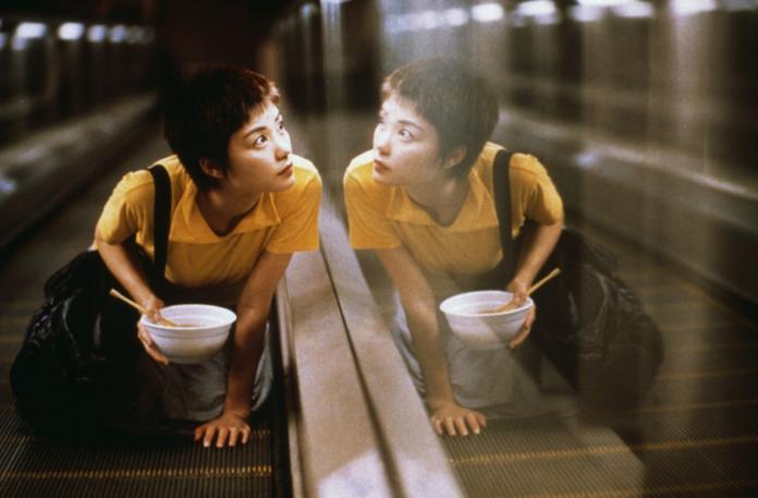 《幻乐之城》带个王炸却被吐槽 王菲综艺首秀被指过度消费?
