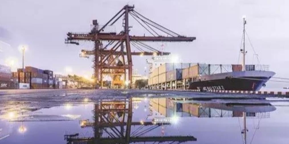 防城港与国内外250多个港口码头通航!
