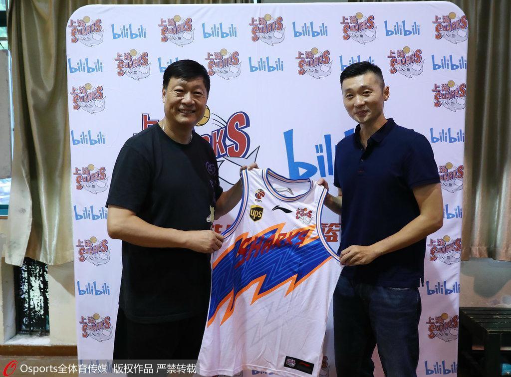 刘炜:球员生涯最后一个赛季 助力青少年基本功教育