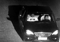 男子坐副驾驶让10岁儿子开车回家:他有开车天赋
