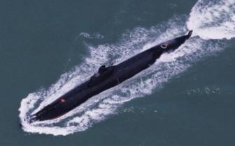 中国军方正开发AI无人潜艇:能自主行动避免侦测