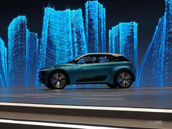 合众新能源公布中期战略并首发两款新车