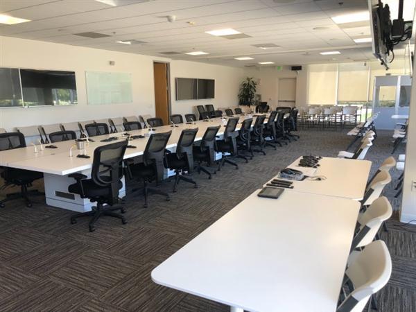 FF大会议室