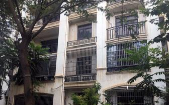 新建区城开国际学园1套四居室外挂9台空调