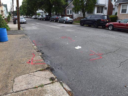 美国中餐馆老板送外卖途中遇袭:在妻子面前遭枪杀