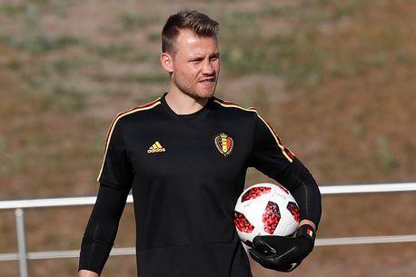 利物浦赴法国集训名单:阿利松入选,米尼遭弃
