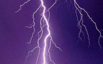 科普知识!雷雨天打手机会把雷招来吗?