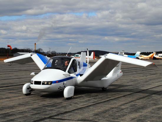科幻电影要成真了? Terrafugia飞行车明年投产